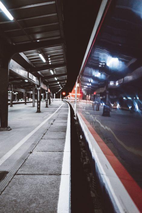 späte Zugverbindung